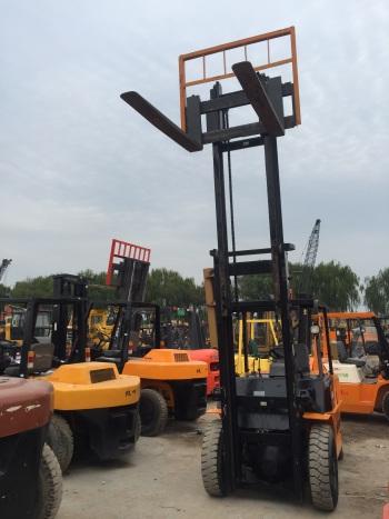 上海5.8万元出售杭叉5T叉车