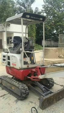 四川成都市15.8万元出售竹内迷你挖TB215R挖掘机