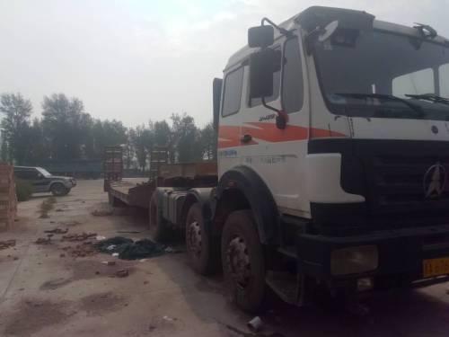 山西太原市9万元出售奔驰290-336马力7档奔驰载货车