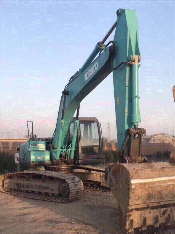 北京3万元出售神钢中挖SK210挖掘机