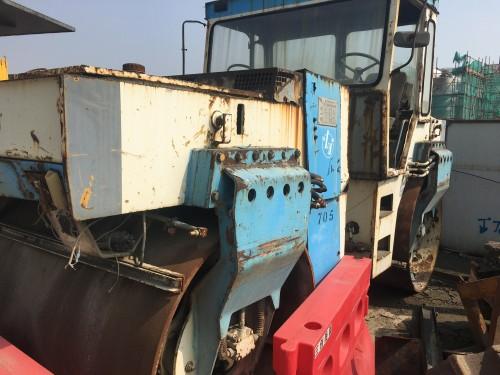江苏苏州市出租国机洛建液压式13吨以上LDD310HW双钢轮压路机