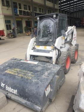 陕西西安市出租山猫轮胎式0.8吨以下S18滑移装载机