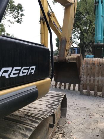 上海55万元出售卡特彼勒大挖326挖掘机