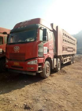云南普洱市50万元出售一起解放轮胎式J6-P420自卸车