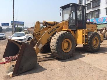 重庆13.8万元出售柳工5吨855装载机