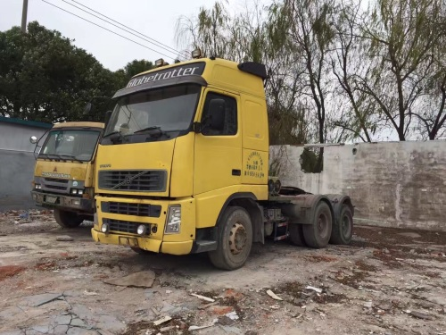 上海1万元出售沃尔沃336马力以上12档FH12载货车