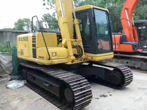 福建宁德市32万元出售小松小挖PC120挖掘机