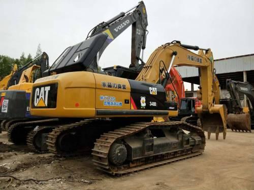 福建龙岩市110万元出售卡特彼勒大挖340挖掘机