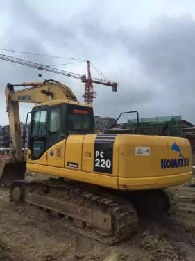 浙江丽水市43万元出售小松中挖PC220挖掘机