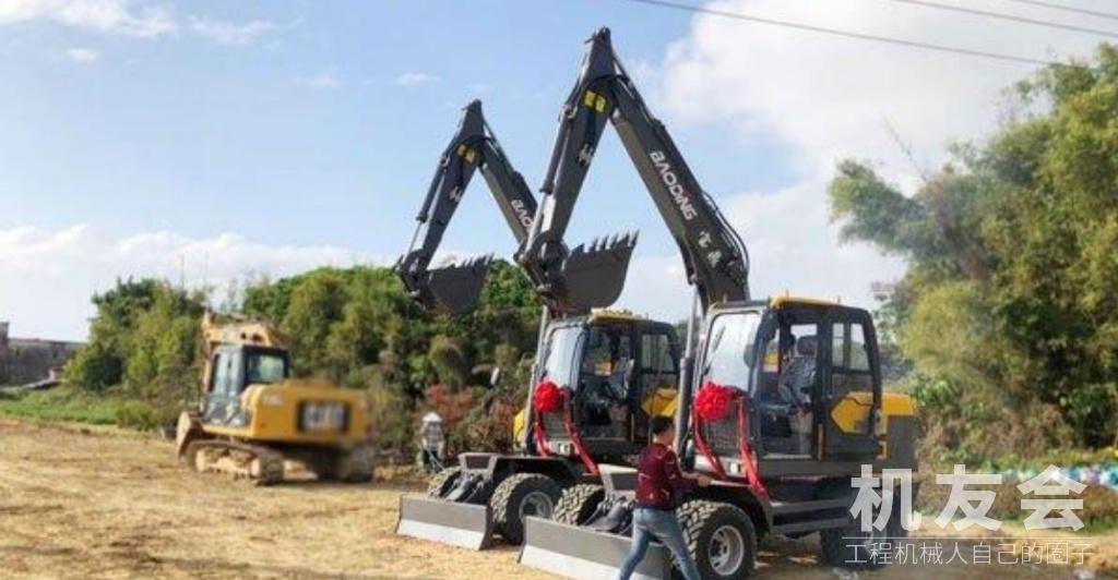 輪式挖掘機致富:要發展更要綠水青山